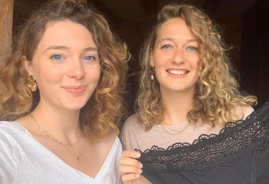 Agathe et Iris Pourprées